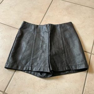 High Waisted Black Faux Leather Shorts Size 0